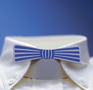 papp til skjortekrave formet som sløyfe